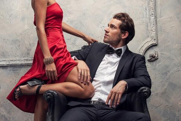 Семь романтических поступков, которые должны вас насторожить