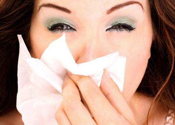 Правильный макияж во время простуды