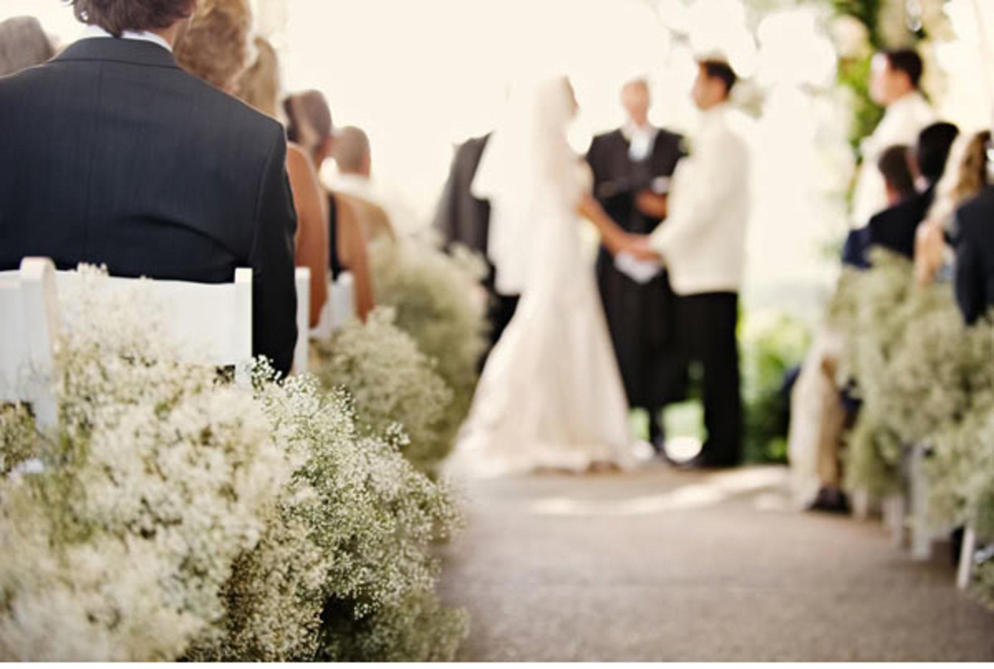 Белый цвет идет не всем невестам