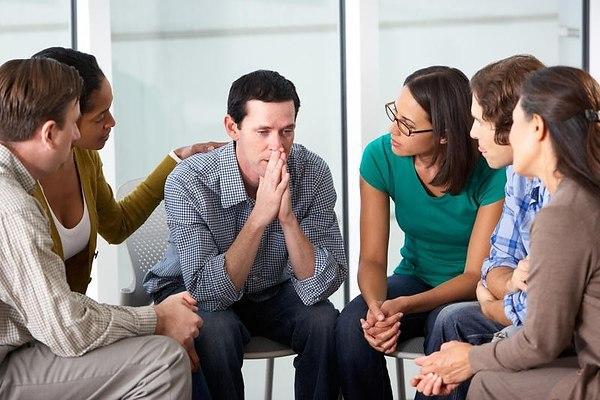 Почему общение жизненно необходимо каждому человеку?