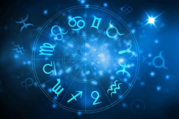 Женский гороскоп на неделю с 6 по 12 мая 2019 года для всех знаков Зодиака