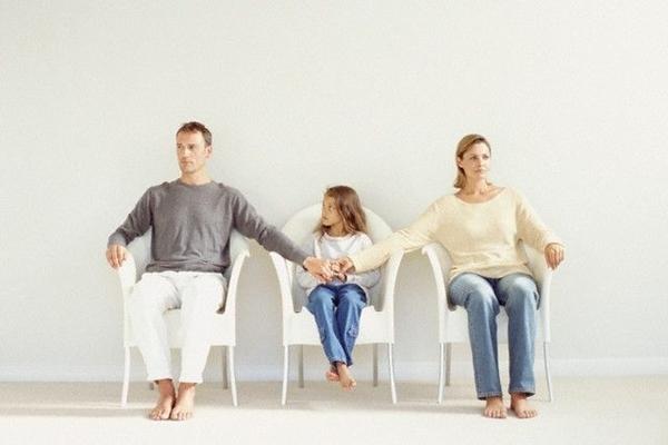 Может ли ребенок спасти разрушающиеся взаимоотношения?