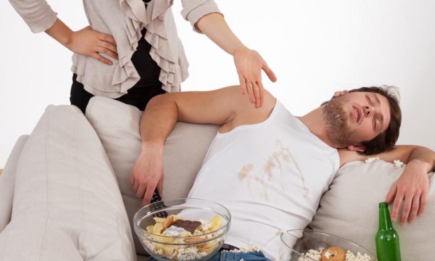 Мужские привычки, доводящие женщин до белого каления