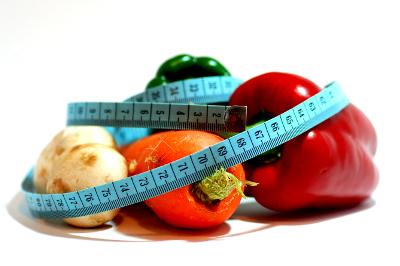 Девушки и овощи: морковь, помидор, фенхель... В чем схожесть?