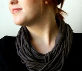 Стильный шарф-ожерелье своими руками