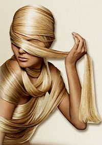 Возвращаем волосам блеск. Как вернуть волосам блеск? Способов существует немало, самое эффективное – это провести курс лечения волос на дому. Итак, «скорая помощь» для волос – это массаж головы, маски для волос, определенные продукты в вашем рационе питания.