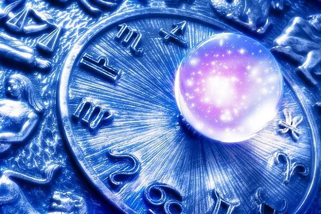 Любовный гороскоп на июль для всех знаков Зодиака