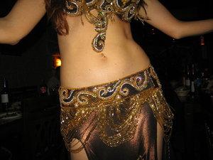 Танец живота поможет от бронхита