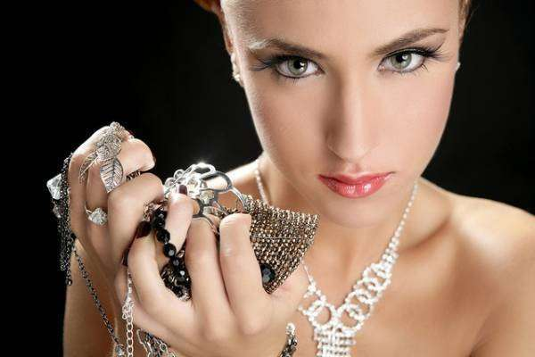 Пусть бриллианты сверкают, а серебро не тускнеет. 14297.jpeg