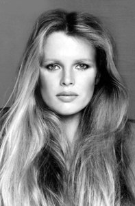 Секреты красоты вечно юной Ким Бесинджер. 10364.jpeg