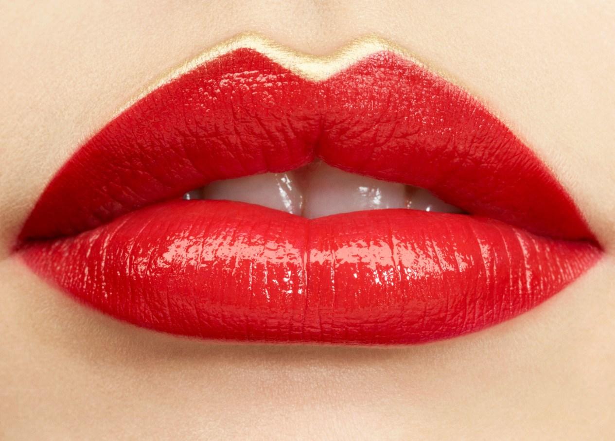 Магазины Zara запускает свою линию косметики