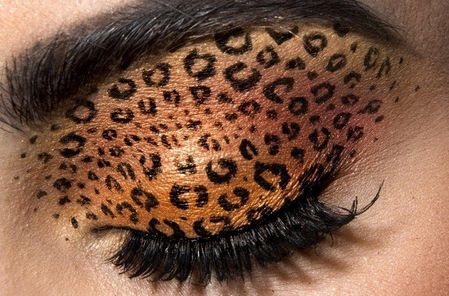 Модный макияж сезона: играем на контрасте