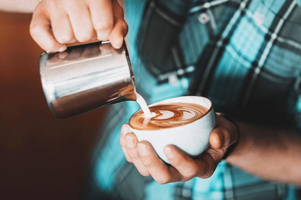 Учимся пить кофе правильно