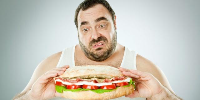 Лишний вес спасет от инсульта
