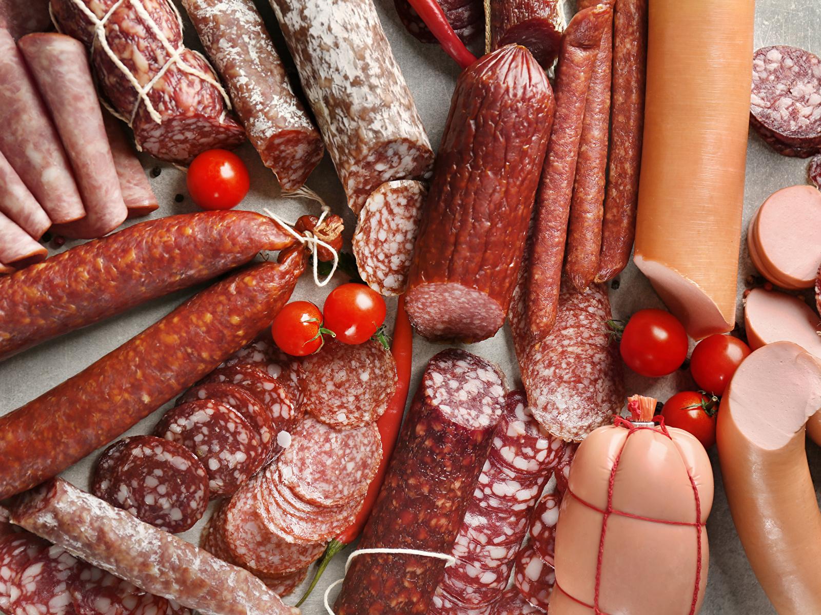 Диетолог рассказала, какими полезными свойствами обладает колбаса