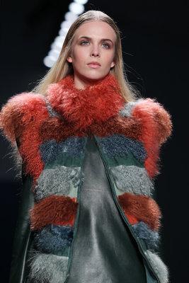 Весна 2012: модные пальто