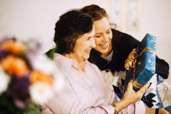 Как порадовать маму в Новый Год?