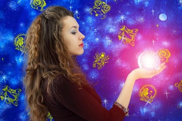 Женский гороскоп на неделю с 3 по 9 сентября 2018 года