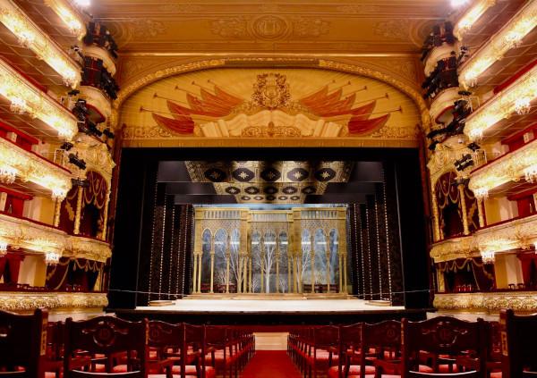 В Большом театре прокомментировали претензии Волочковой по поводу пенсии