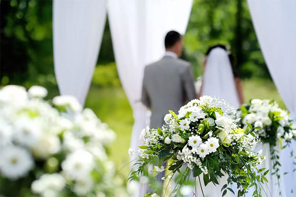 Свадебные традиции, о которых пора забыть