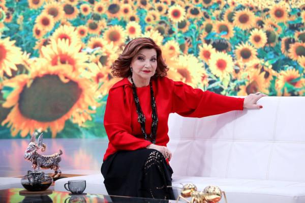 У Елены Степаненко появился молодой поклонник