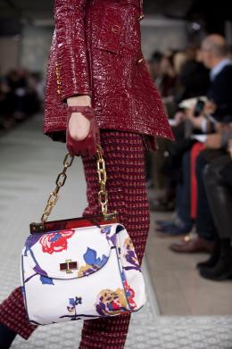 Весна-лето 2012: модные сумки