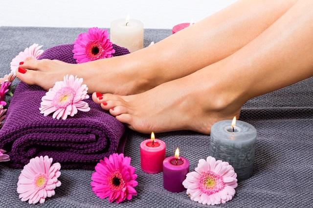 Как сохранить свежесть ног в самый ужасный день
