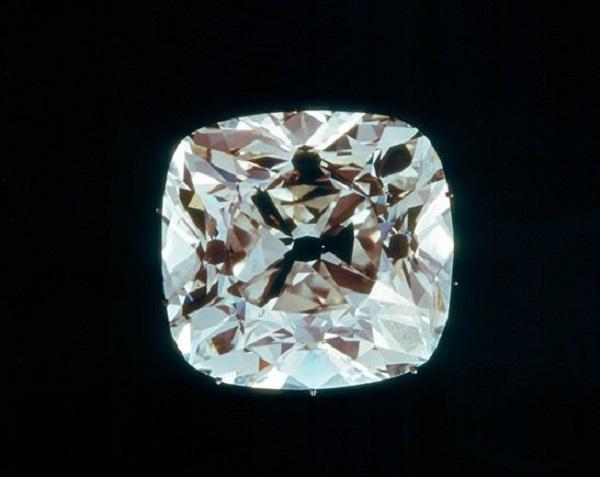 Самые таинственные и дорогие бриллианты мира. 14557.jpeg