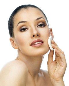 Косметолог: убираем расширенные поры