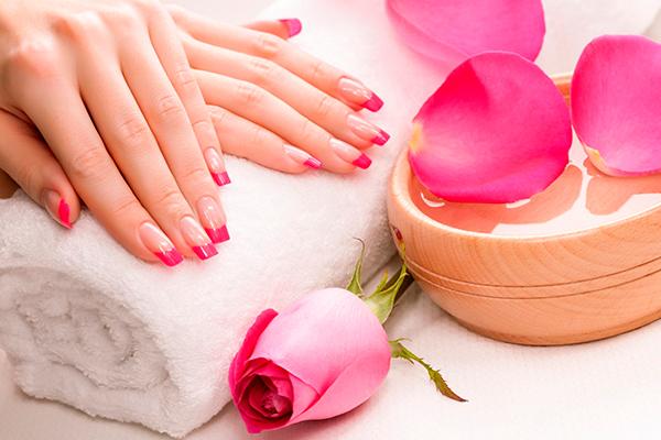 Уход за руками и ногтями в летний период