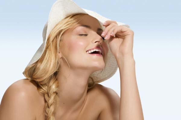 Как ухаживать за кожей в жару