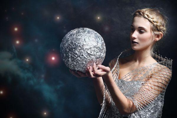 Женский гороскоп на неделю с 18 по 24 марта 2019 года для всех знаков Зодиака