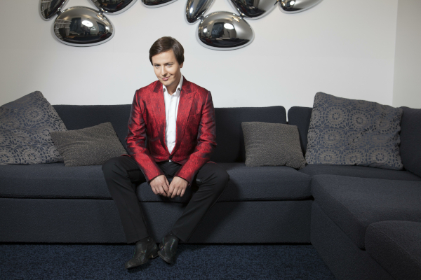 Певец Витас призвал звёзд шоу-бизнеса прекратить ныть и