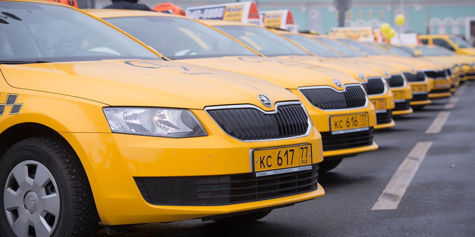 В новом году возить пассажиров в такси будут только россияне