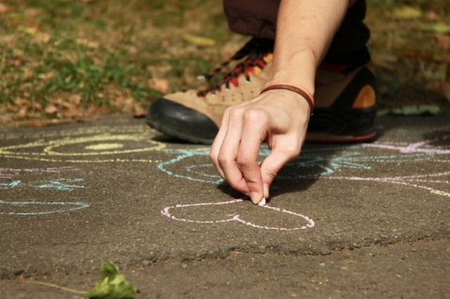 Октябрь: кому из знаков Зодиака повезет в любви?