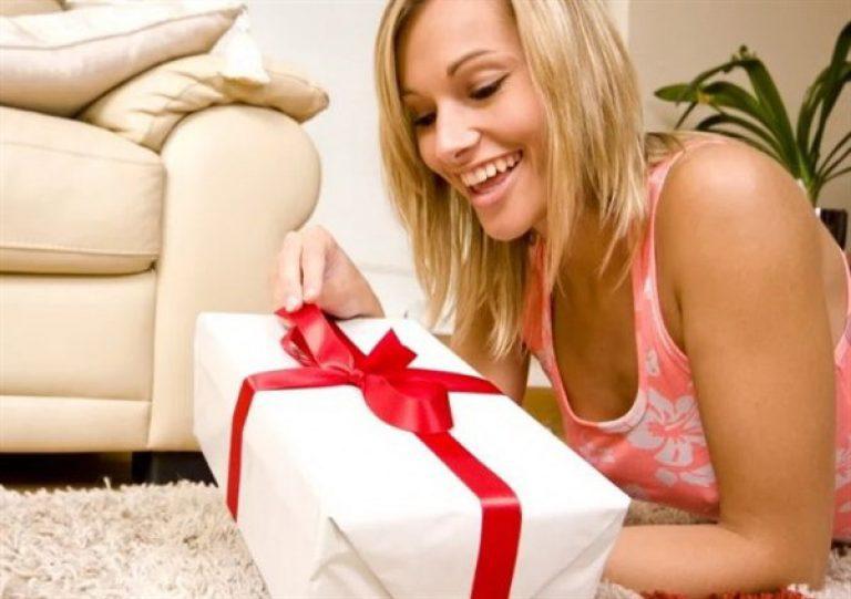 Что можно подарить женщине - советы мужчинам