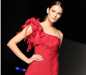 Красный: опасность, страсть или... цвет влюбленных?