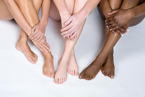 Делаем ножки гладкими и блестящими надолго