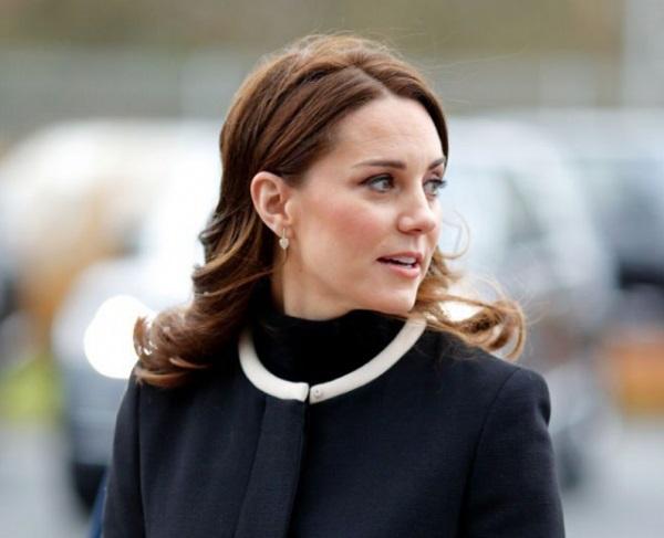 Нарушения дресс−кода от герцогини Кейт Миддлтон