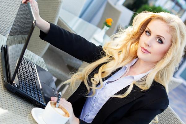 Блондинки - самые счастливые и успешные