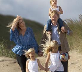 Эмансипация сделала женщин умнее. брак семья счастье