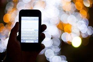 СМС, мобильник, электронная почта: Разговорный этикет XXI века. смс