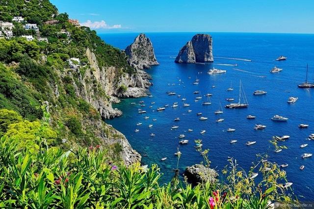 Остров Капри могут закрыть для массового посещения