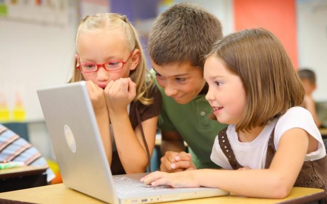 Дети в интернете: опасности реальны