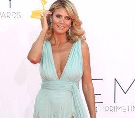 Звездный парад: кто в чем пришел на Emmy-2012