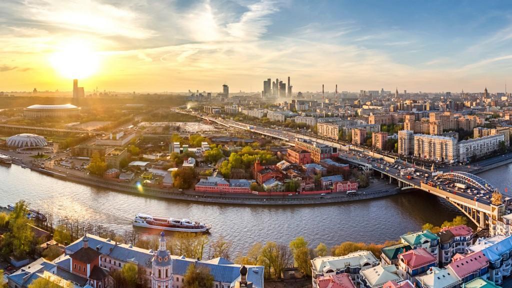 Кто хочет уехать в Москву