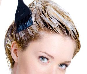 Три причины не красить волосы дома. окрашивание волос в домашних условиях
