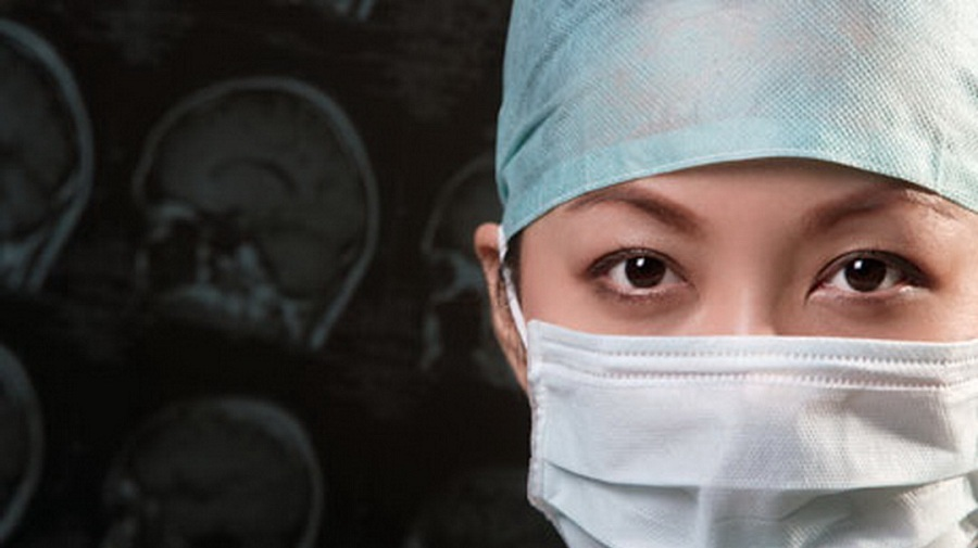 Китайские врачи откачивали пациента 2,5 часа