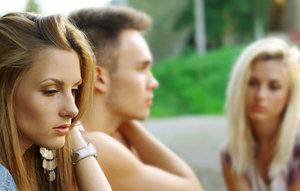 Отношения с бывшим парнем - новая форма моногамии. надо ли встречаться с бывшим парнем