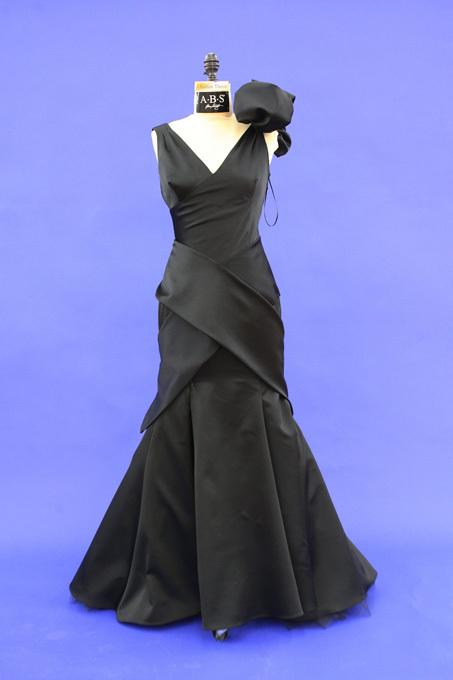 У звезд украли платья
